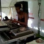 DJ ID750